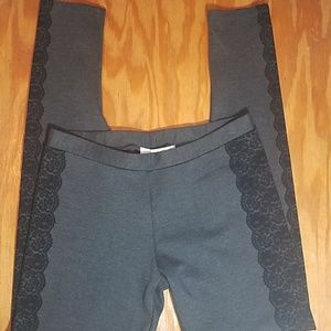 Joie leggings with lace print on sides gray, black